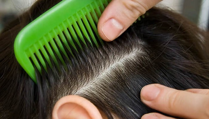 Как почистить расческу от грязи и волос в домашних условиях