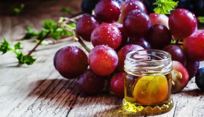 Масло виноградной косточки для волос: отзывы и применение